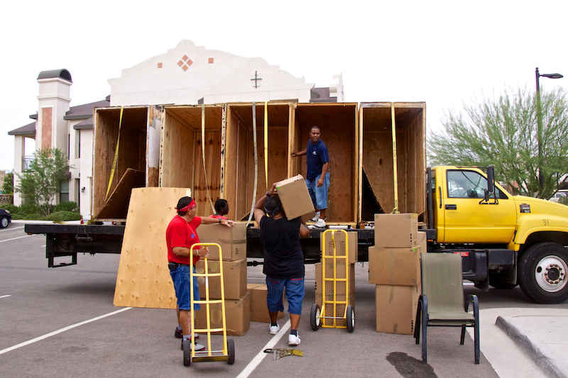 Finish-line-movers-img